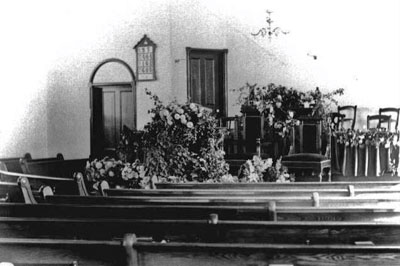 Knox church sanctuary in 1905.